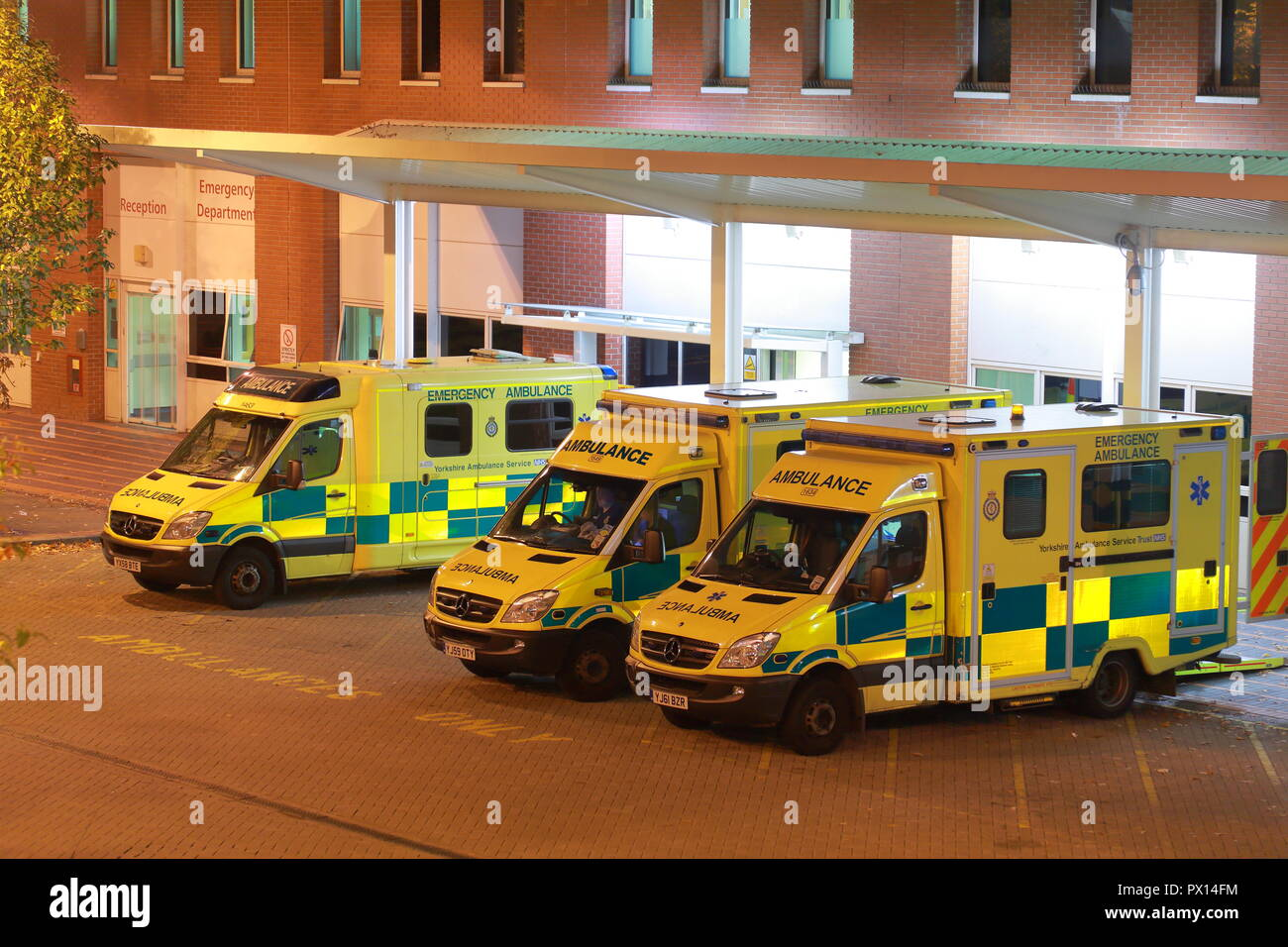 Ambulances at Leeds General Infirmary Accident & Emergency Department Stock Photo
