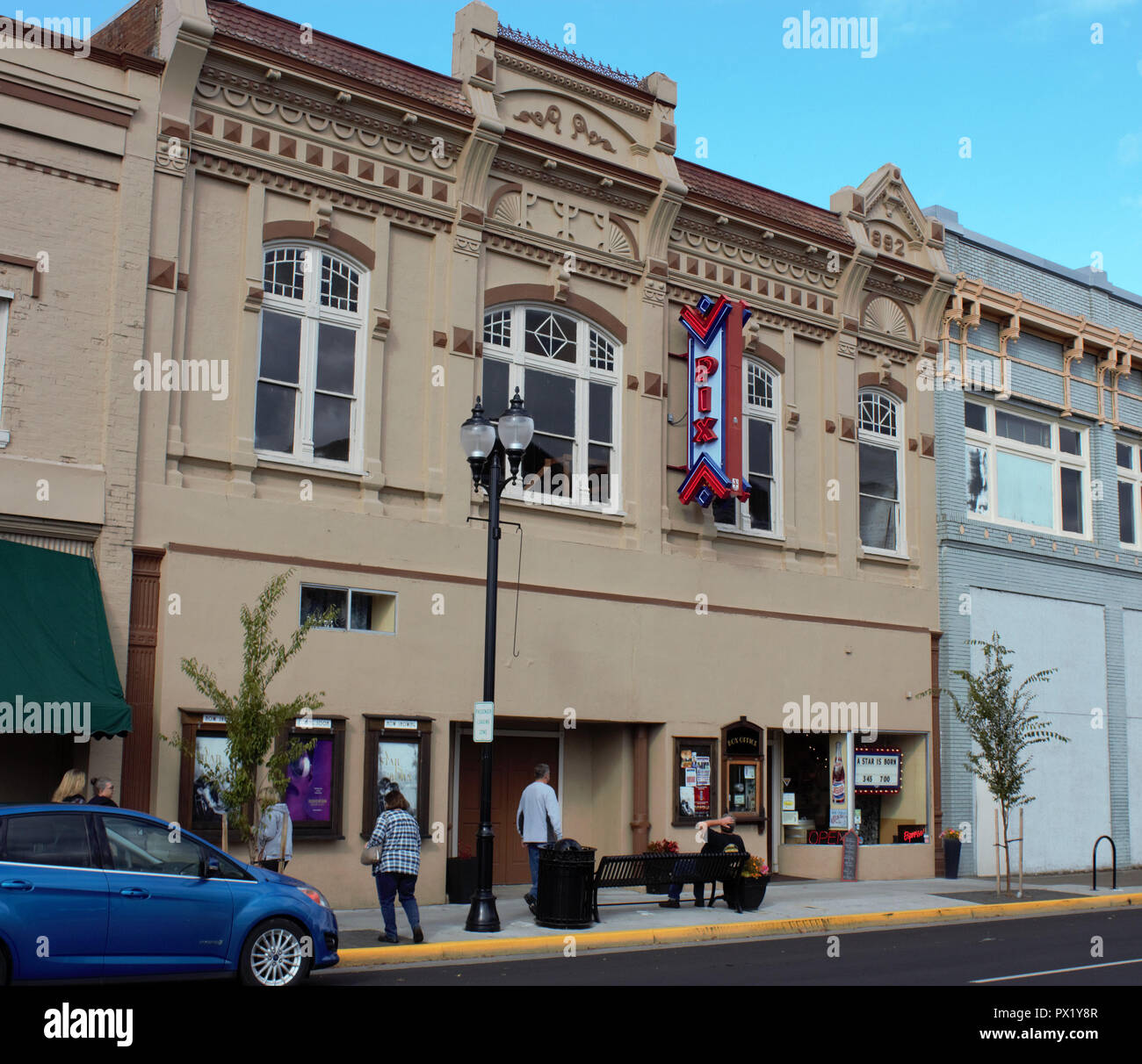 A refurbished Pix Theater in downtown Albany, Oregon USA - Stock Image