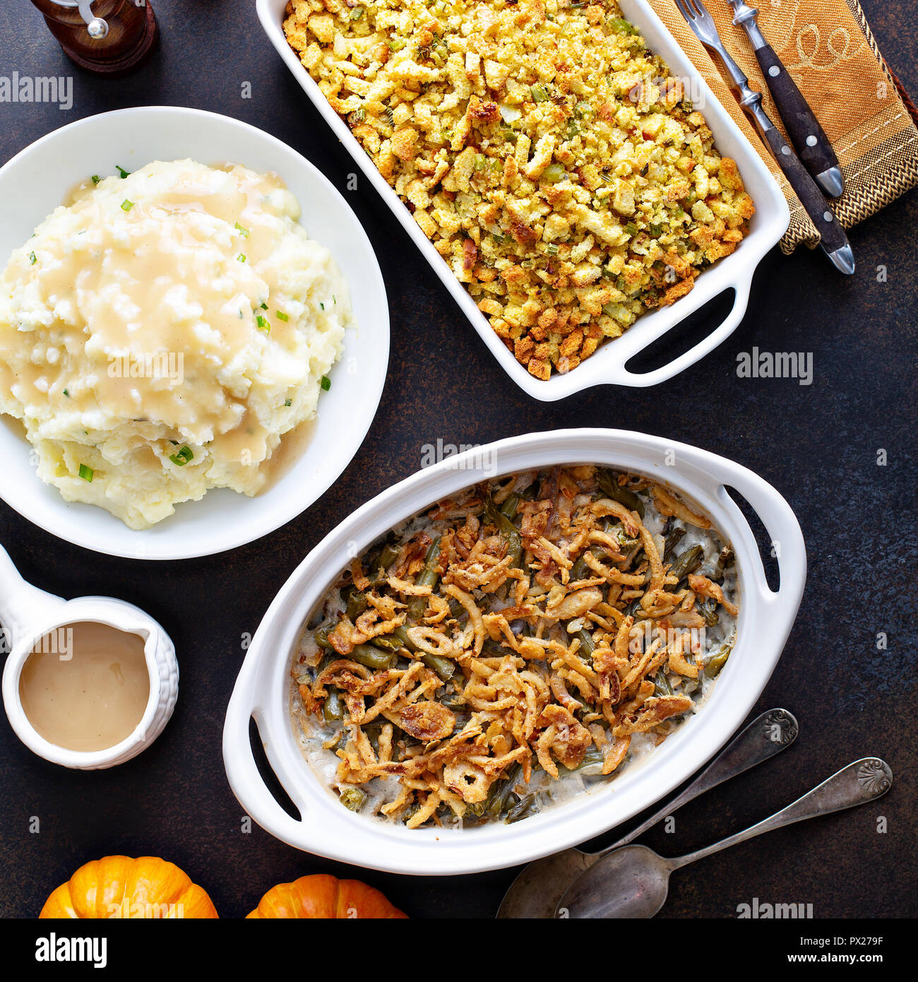 All Traditional Thanksgiving Side Dishes Mashed Potatoes Green Beans And Stuffing