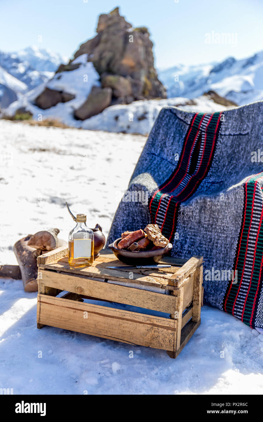 Winter picnic food