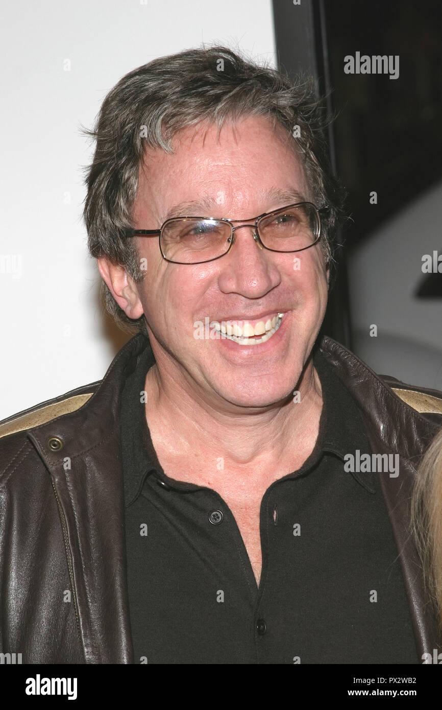 Tim Allen  03/23/05 MISS CONGENIALITY 2 : ARMED AND FABULOUS @ Grauman's Chinese Theatre, Hollywood Photo by Izumi Hasegawa/HNW / PictureLux  March 23, 2005   File Reference # 33686_1131HNWPLX - Stock Image