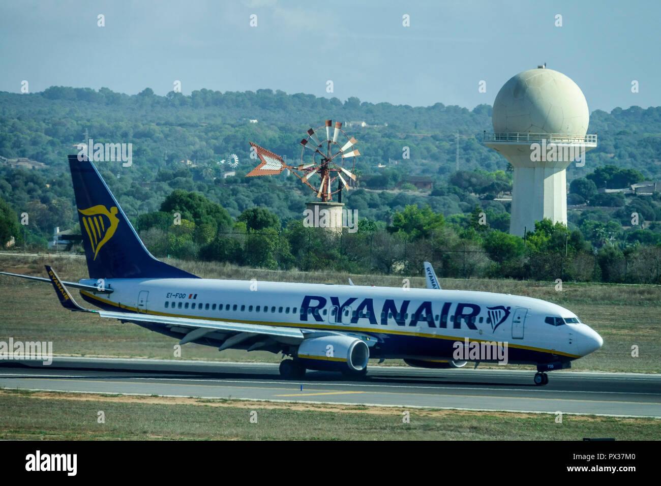 Ryanair plane on runway, Palma de Mallorca airport, Spain - Stock Image