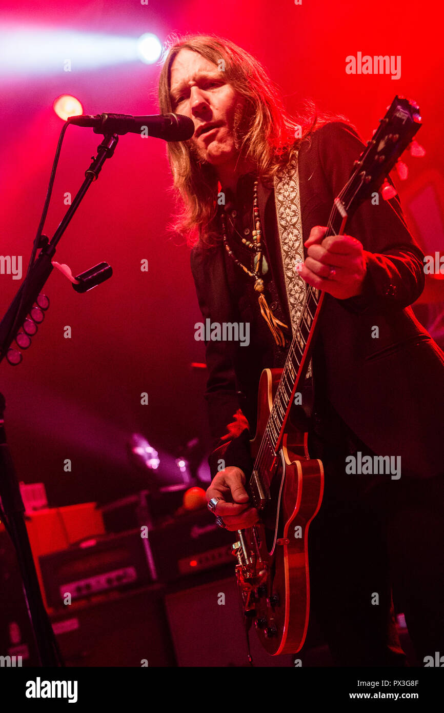 Milan Italy. 18 October 2018. The American southern rock band BLACKBERRY SMOKE performs live on stage at Alcatraz during the 'Find A Light Tour' Credit: Rodolfo Sassano/Alamy Live News - Stock Image