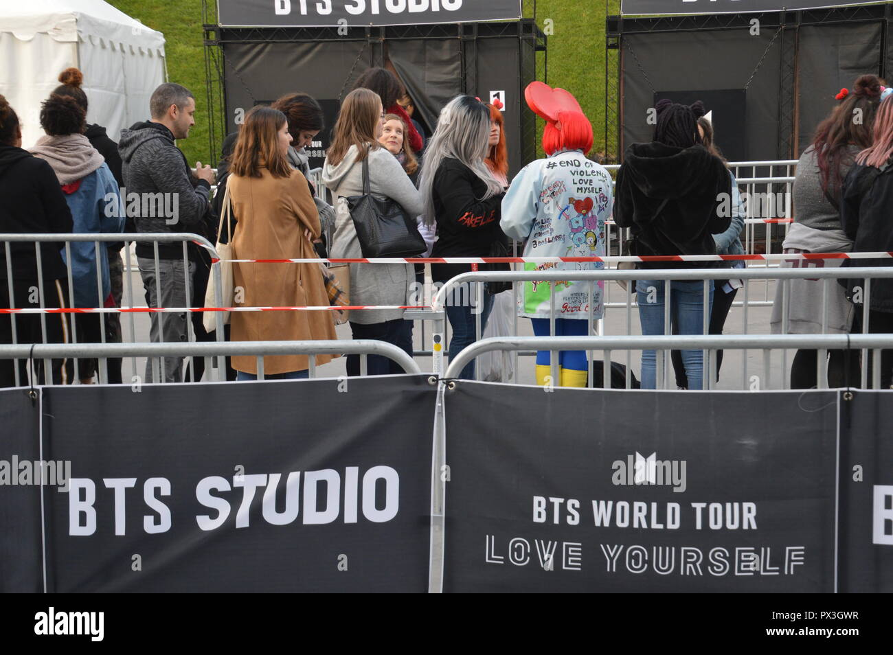 Bts Boy Band Stock Photos & Bts Boy Band Stock Images - Alamy
