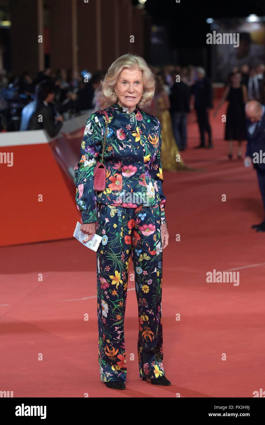 Italy, Rome, 18 October, 2018 : Rome Film Festival 2018, Socialite Marina Cicogna poses on the red  carpet    Photo © Fabio Mazzarella/Sintesi/Alamy Live News - Stock Image