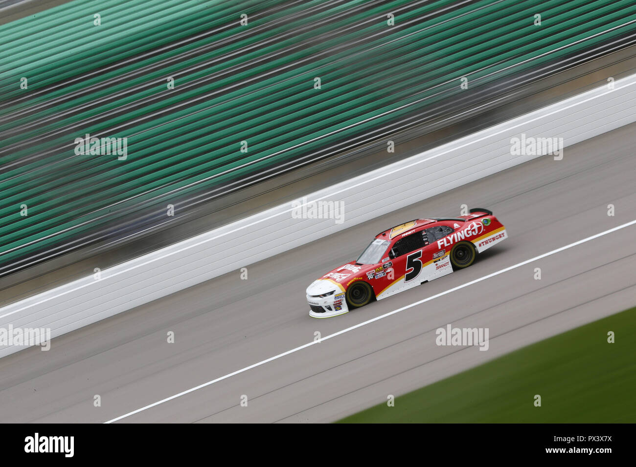 Kansas City, Kansas, USA. 19th Oct, 2018. Michael Annett (5) takes to the track to practice for the Kansas Lottery 300 at Kansas Speedway in Kansas City, Kansas. Credit: Justin R. Noe Asp Inc/ASP/ZUMA Wire/Alamy Live News - Stock Image