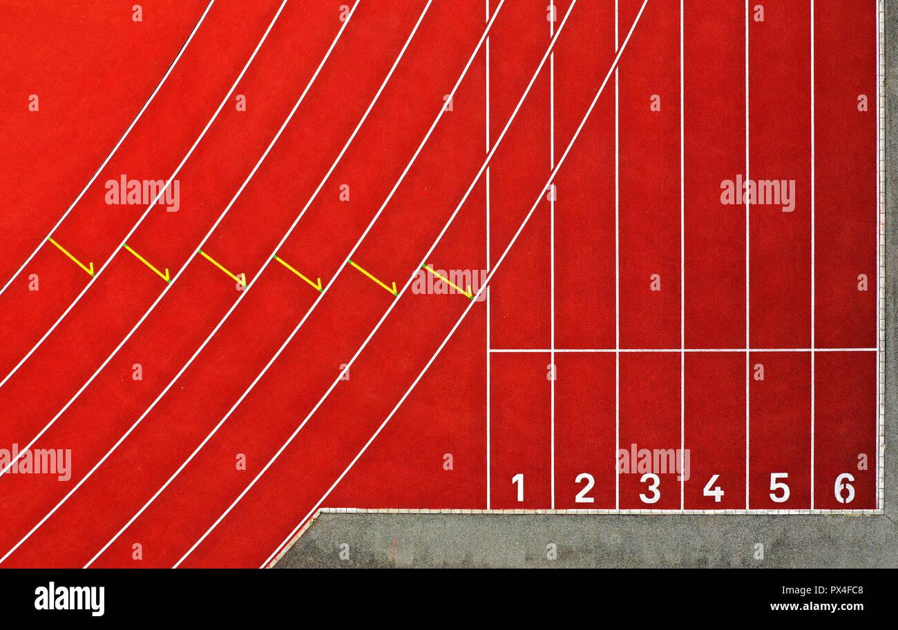 Start area for sprinters on a tartan track in an athletics stadium, bird's eye view, Switzerland - Stock Image