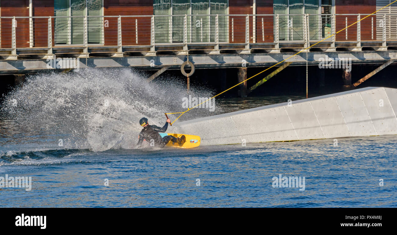 DUNDEE SCOTLAND THE WATERFRONT AND CITY QUAY WAKEBOARDING AND A CLOUD OF SPRAY - Stock Image
