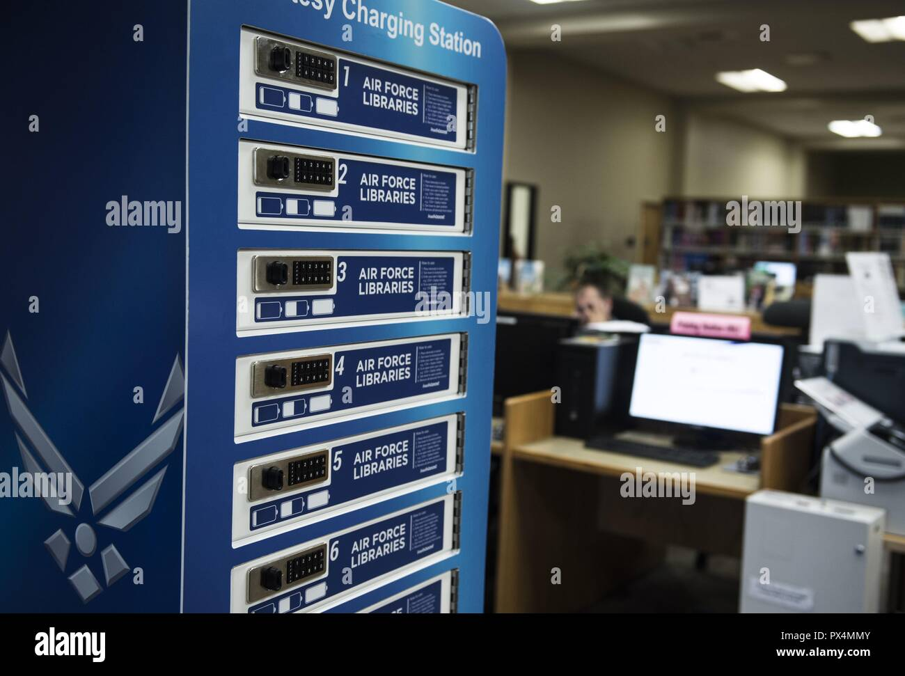10-port charging station in the McElveen Information and Learning Center at Shaw Air Force Base, South Carolina, August 13, 2018. Image courtesy Senior Airman Christopher Maldonado / 20th Fighter Wing Public Affairs. () - Stock Image