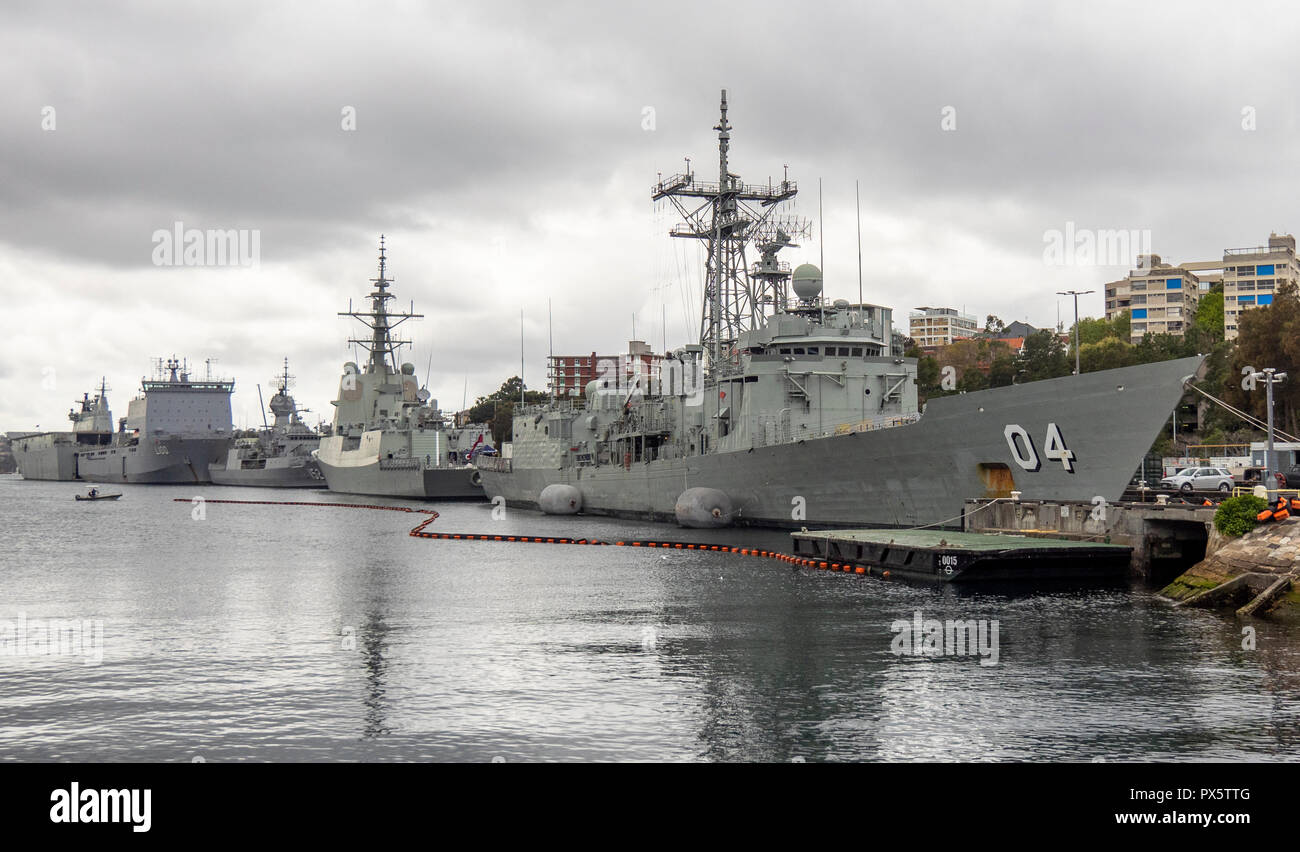 HMAS Darwin FFG 04 Adelaide Class guided missile frigate at Garden Island Naval Precinct Sydney NSW Australia. - Stock Image