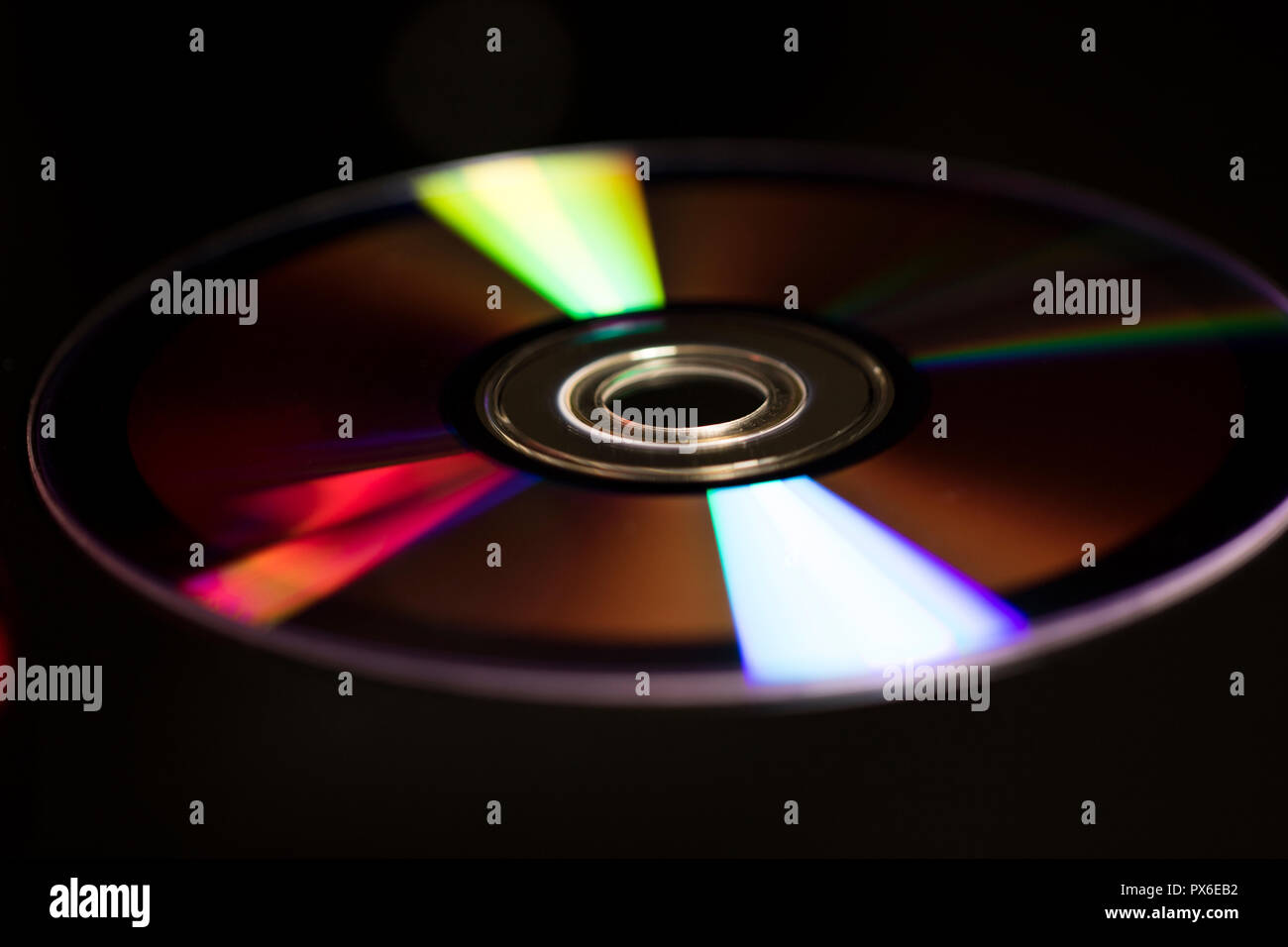 How do I close a disc