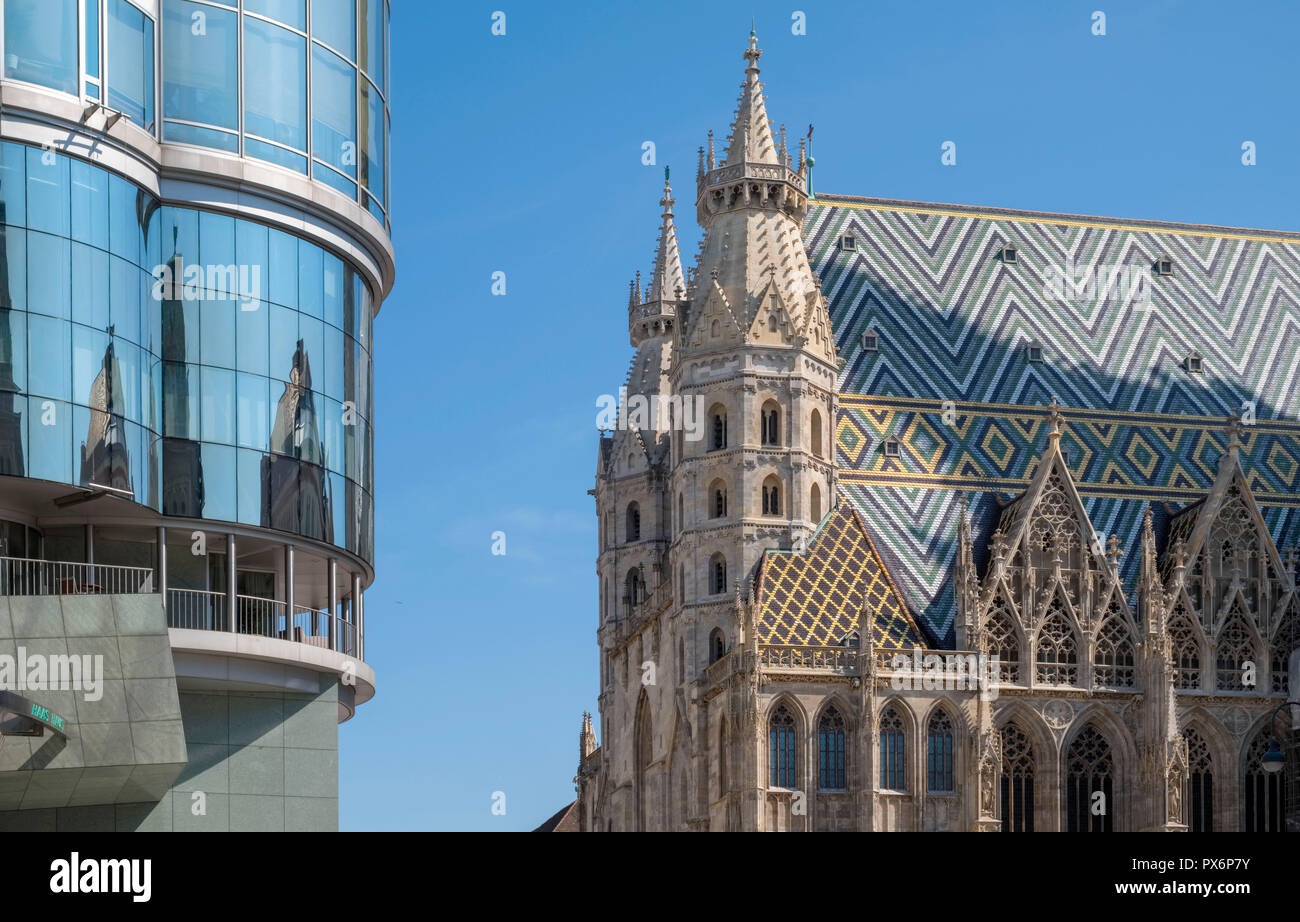 St. Stephen's Cathedral and new office building Vienna, Austria, Europe - Stock Image