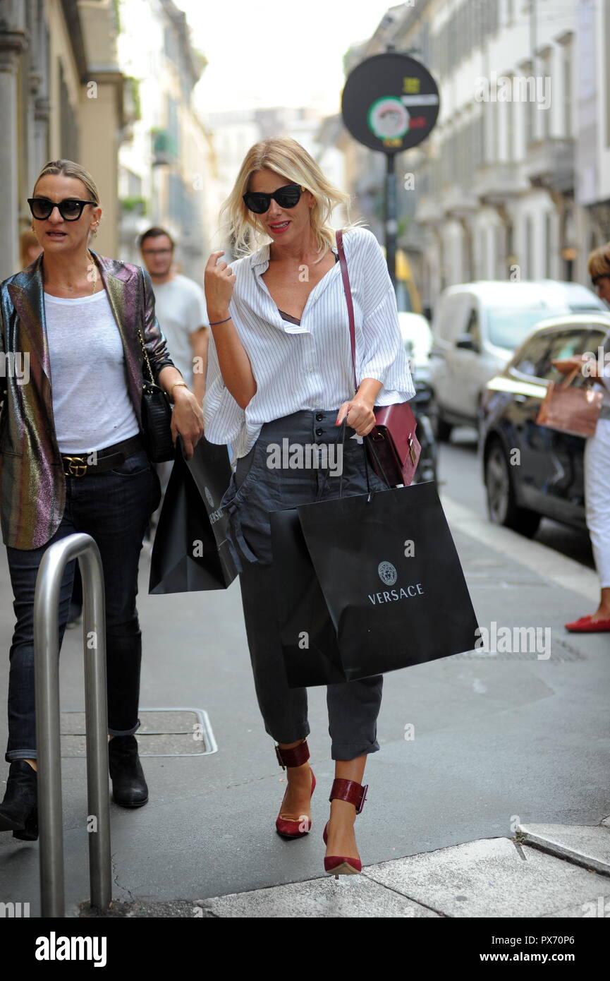 d89eb079 Versace Sunglasses Stock Photos & Versace Sunglasses Stock ...