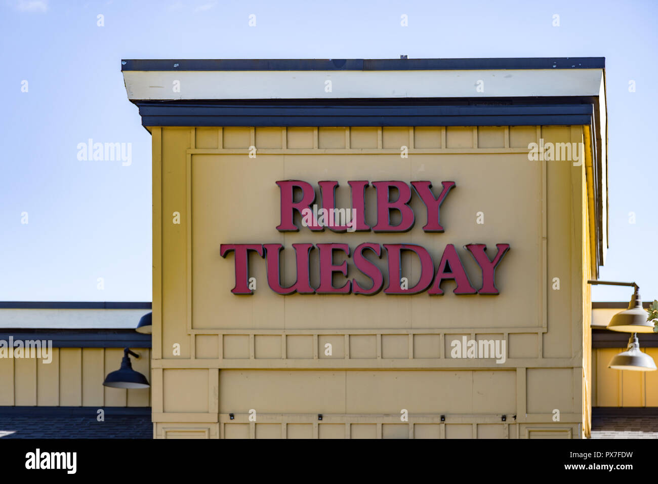 Ruby Tuesday Stock Photos Amp Ruby Tuesday Stock Images Alamy