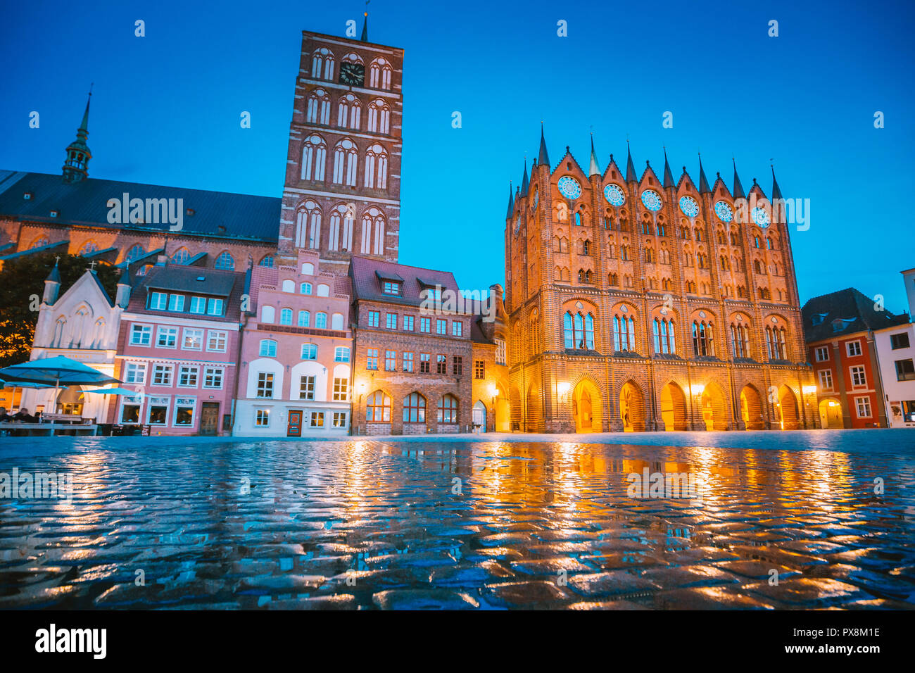 Classic twilight view of the hanseatic town of Stralsund during blue hour at dusk, Mecklenburg-Vorpommern, Germany - Stock Image
