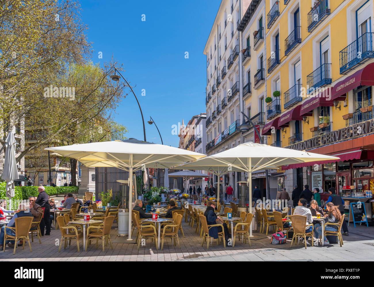 Sidewalk Cafe On Plaza De Tirso De Molina La Latina