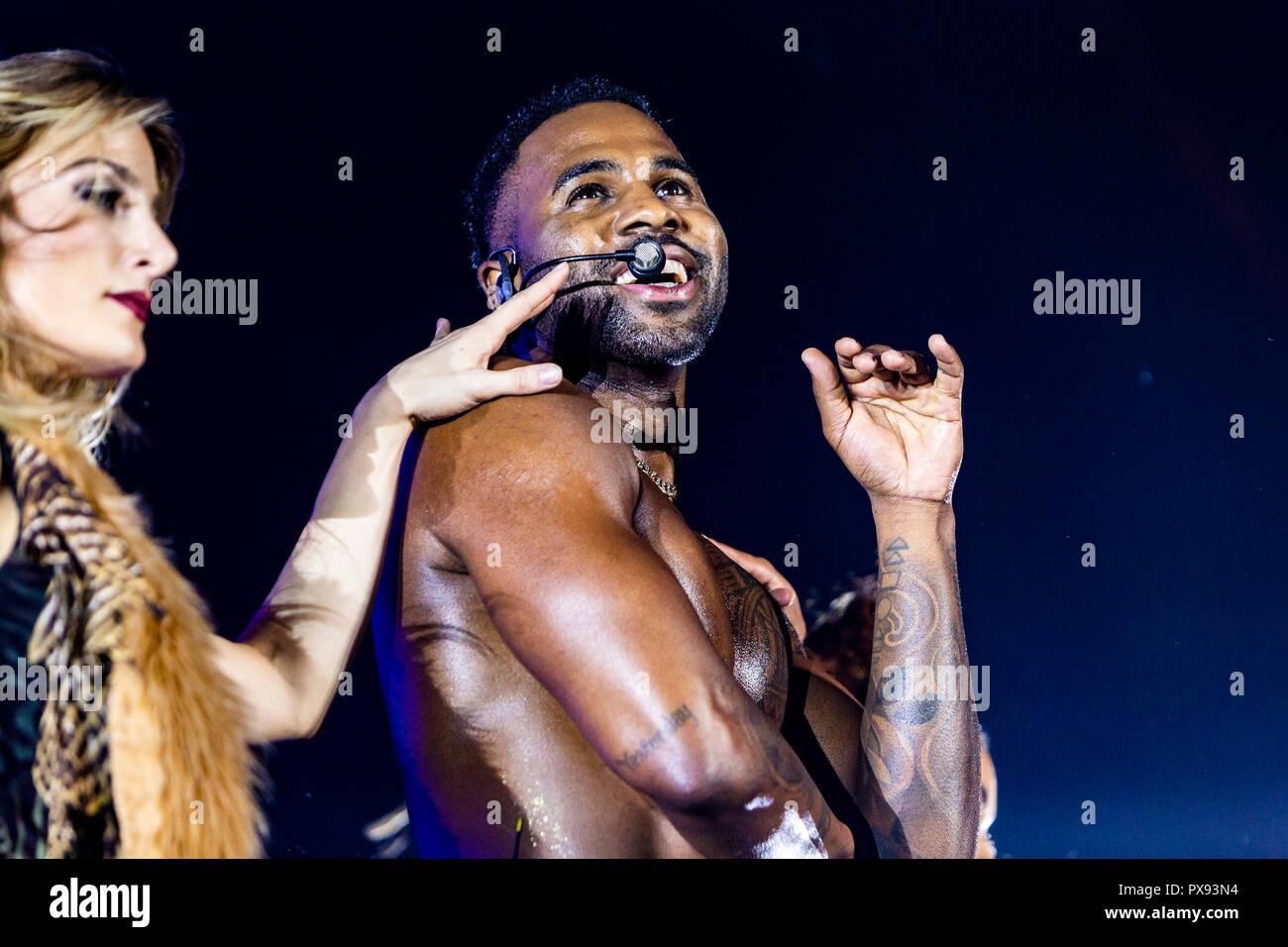 Jason Derulo Stock Photos & Jason Derulo Stock Images - Alamy