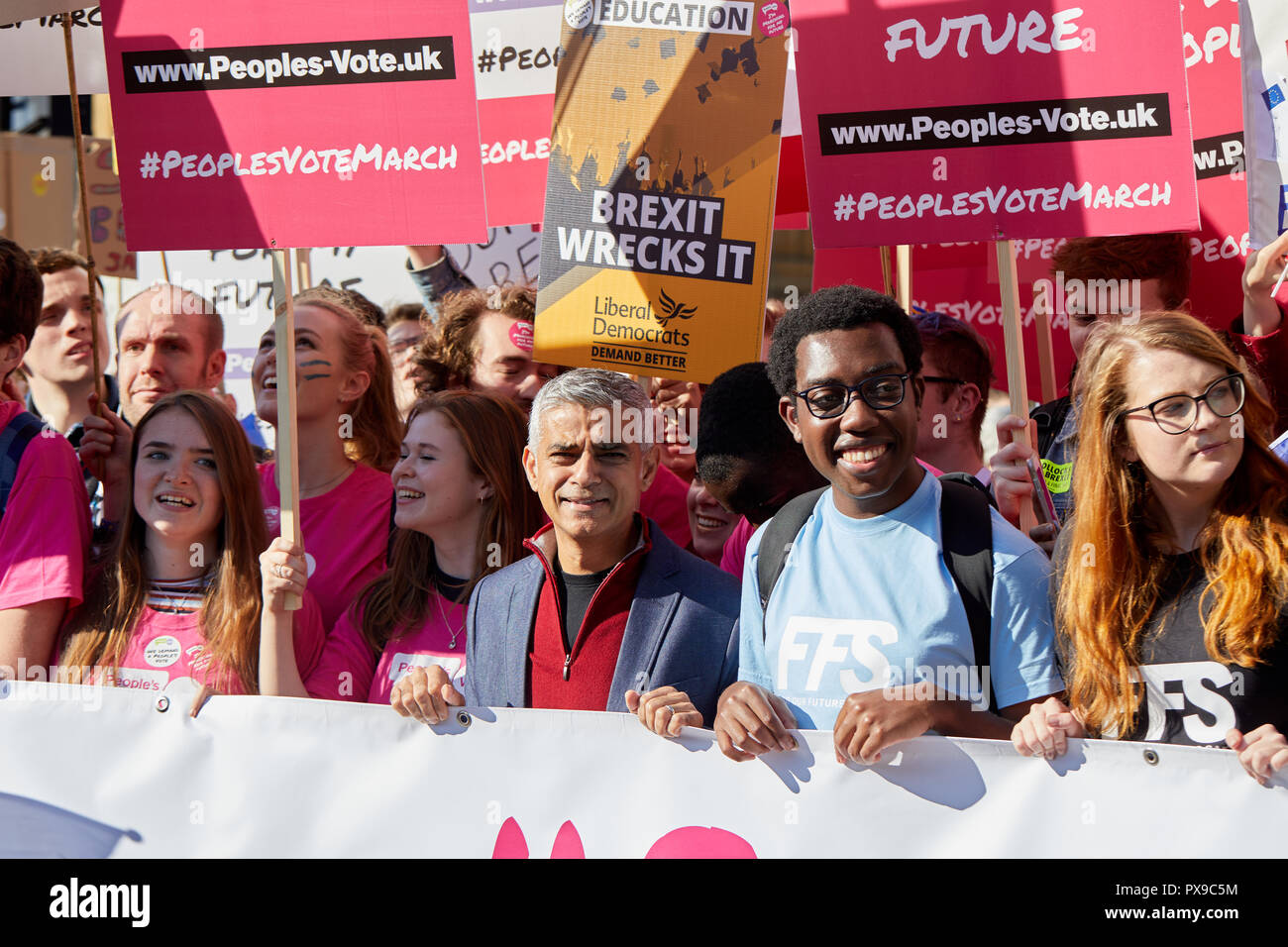 London, UK. 20th Oct, 2018. London Mayor Sadiq Khan with young voters at the  People's Vote march. Credit: Kevin J. Frost/Alamy Live News - Stock Image