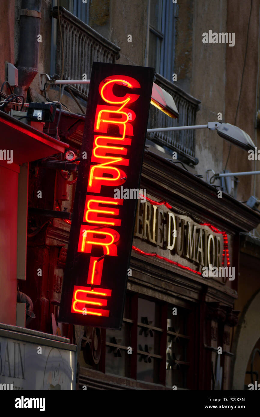 Pancake House light sign, Lyon, France - Stock Image
