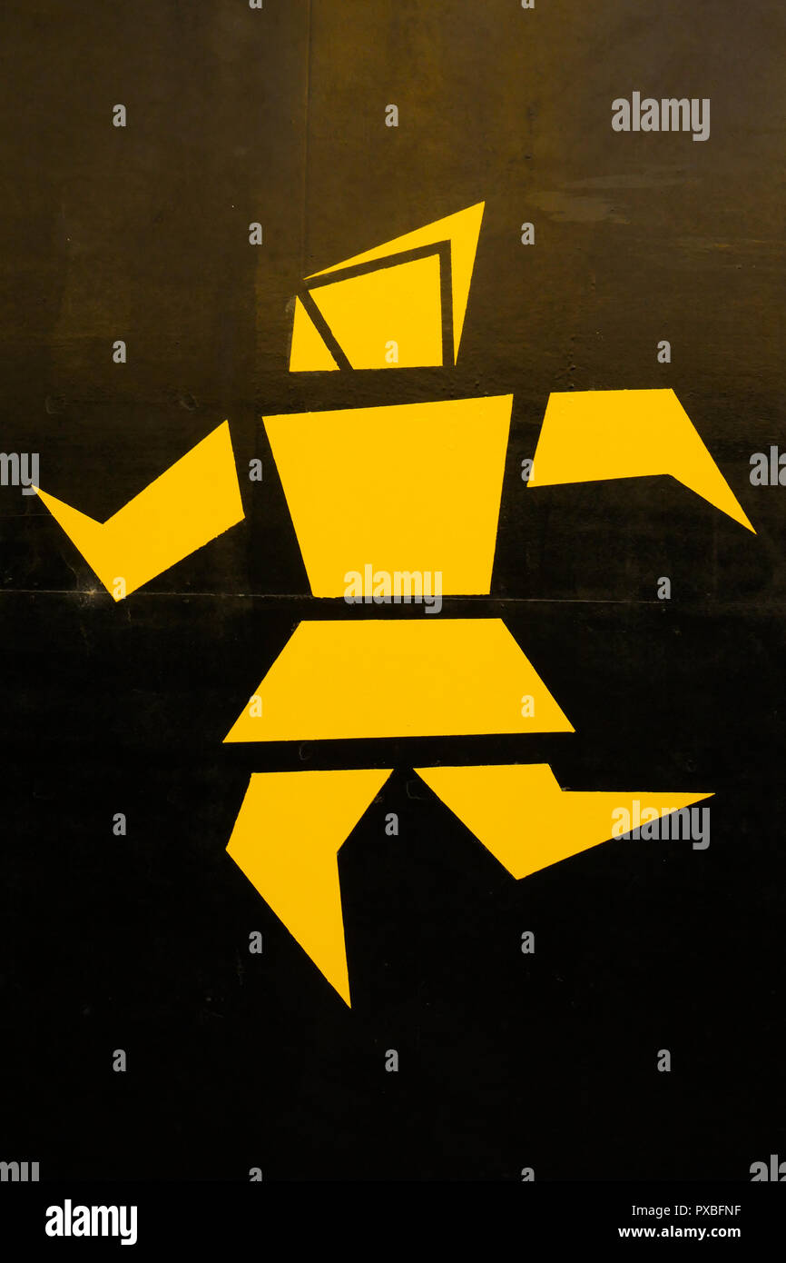 Yellow Street signs, Lyon, France - Stock Image