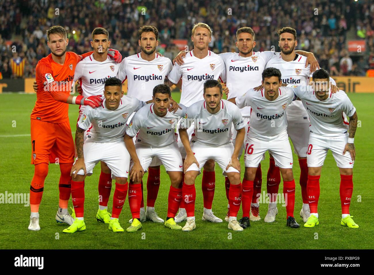 Camp Nou, Barcelona, Spain. 20th Oct, 2018. La Liga football, Barcelona versus Sevilla; Sevilla FC team line up Credit: Action Plus Sports/Alamy Live News Stock Photo