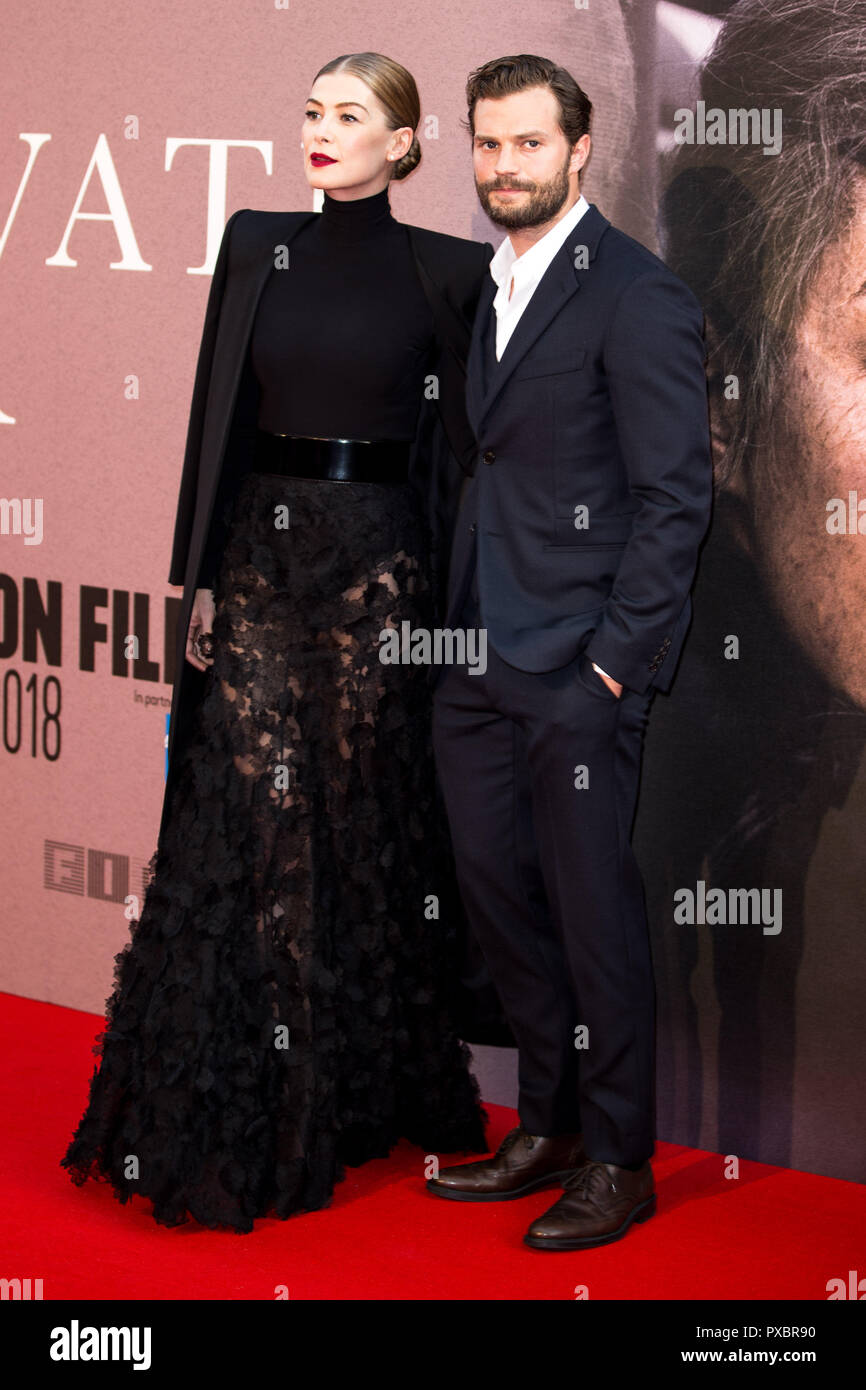 London, UK. 20th Oct, 2018. Rosamund Pike & Jamie Dornan at A Private War Premiere at the BFI London Film Festival - The Mayor of London Gala on 20th October 2018 at Cineworld Leicester Square - London Credit: Tom Rose/Alamy Live News - Stock Image