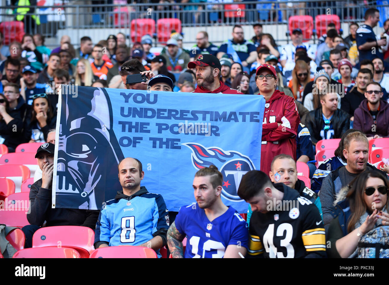 London, UK.  21 October 2018. Titans fans at the Tennessee Titans at Los Angeles Chargers NFL game at Wembley Stadium, the second of the NFL London 2018 games.  Credit: Stephen Chung / Alamy Live News - Stock Image