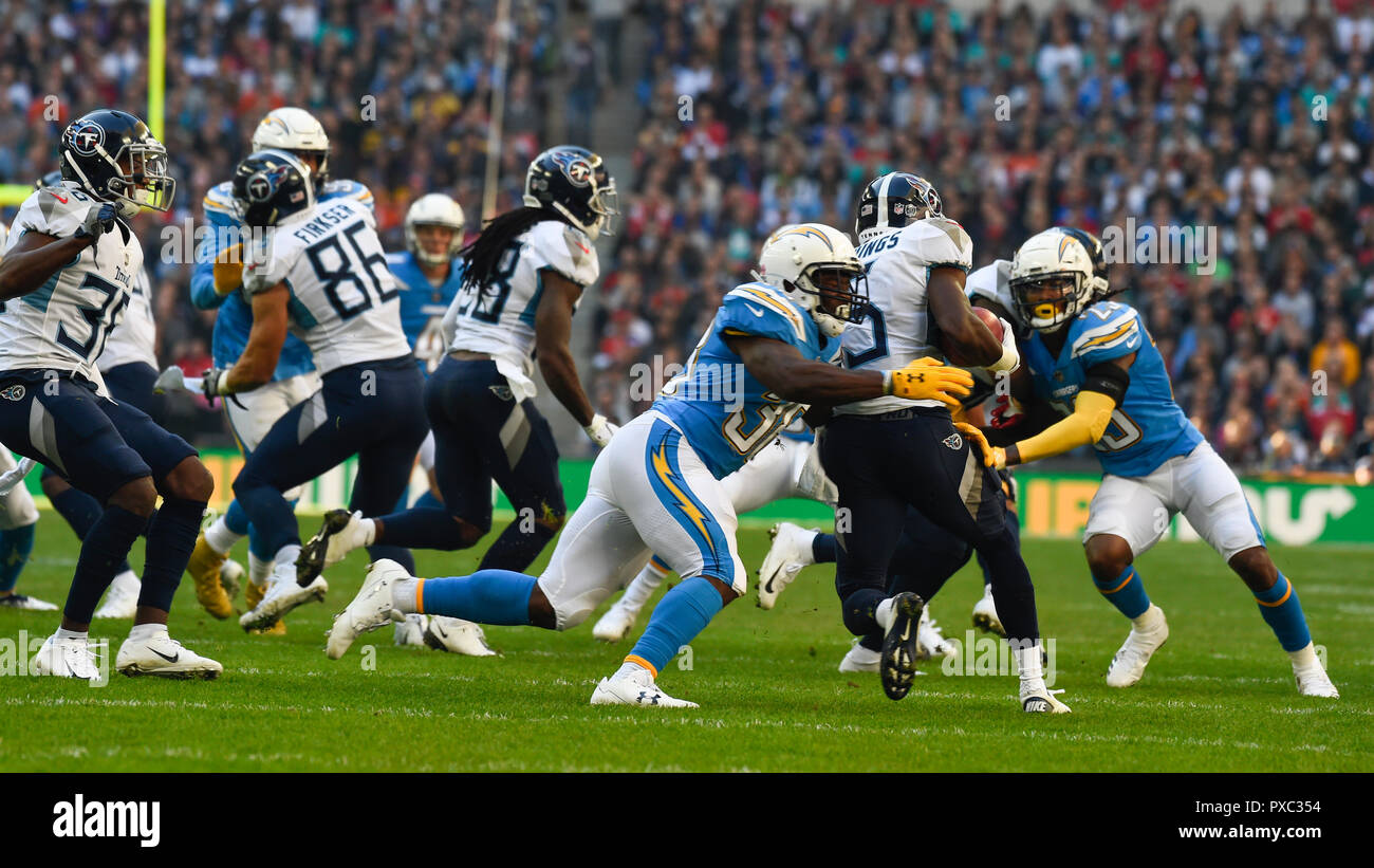 9d6cb1e1 London, UK. 21 October 2018. In play action. Tennessee Titans at Los ...