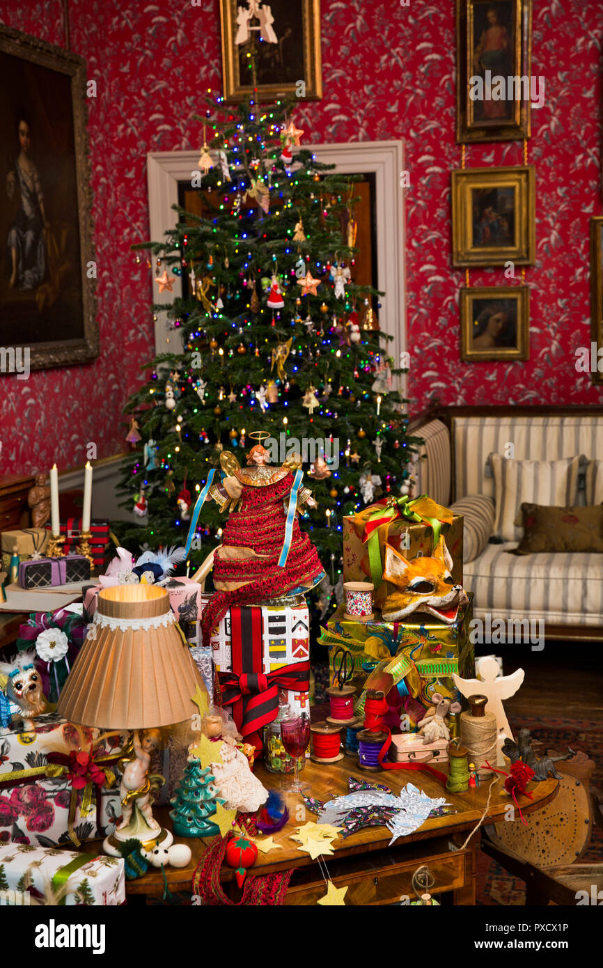 Christmas In England Traditions.Uk England Yorkshire Castle Howard At Christmas Dressing