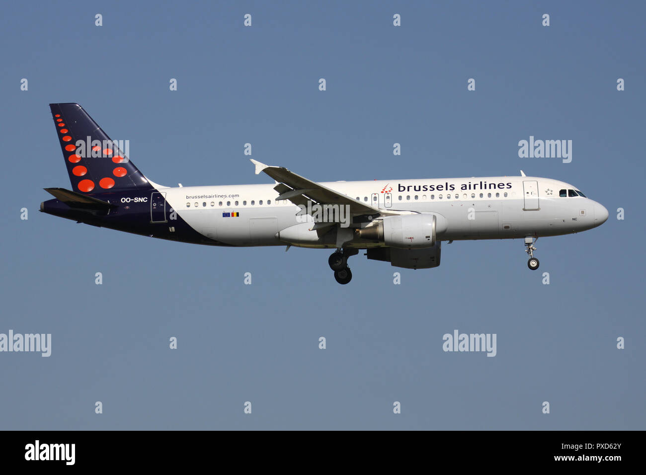 Belgian Brussels Airlines Airbus A320-200 with registration OO-SNC on short final for runway 01 of Brussels Airport. - Stock Image