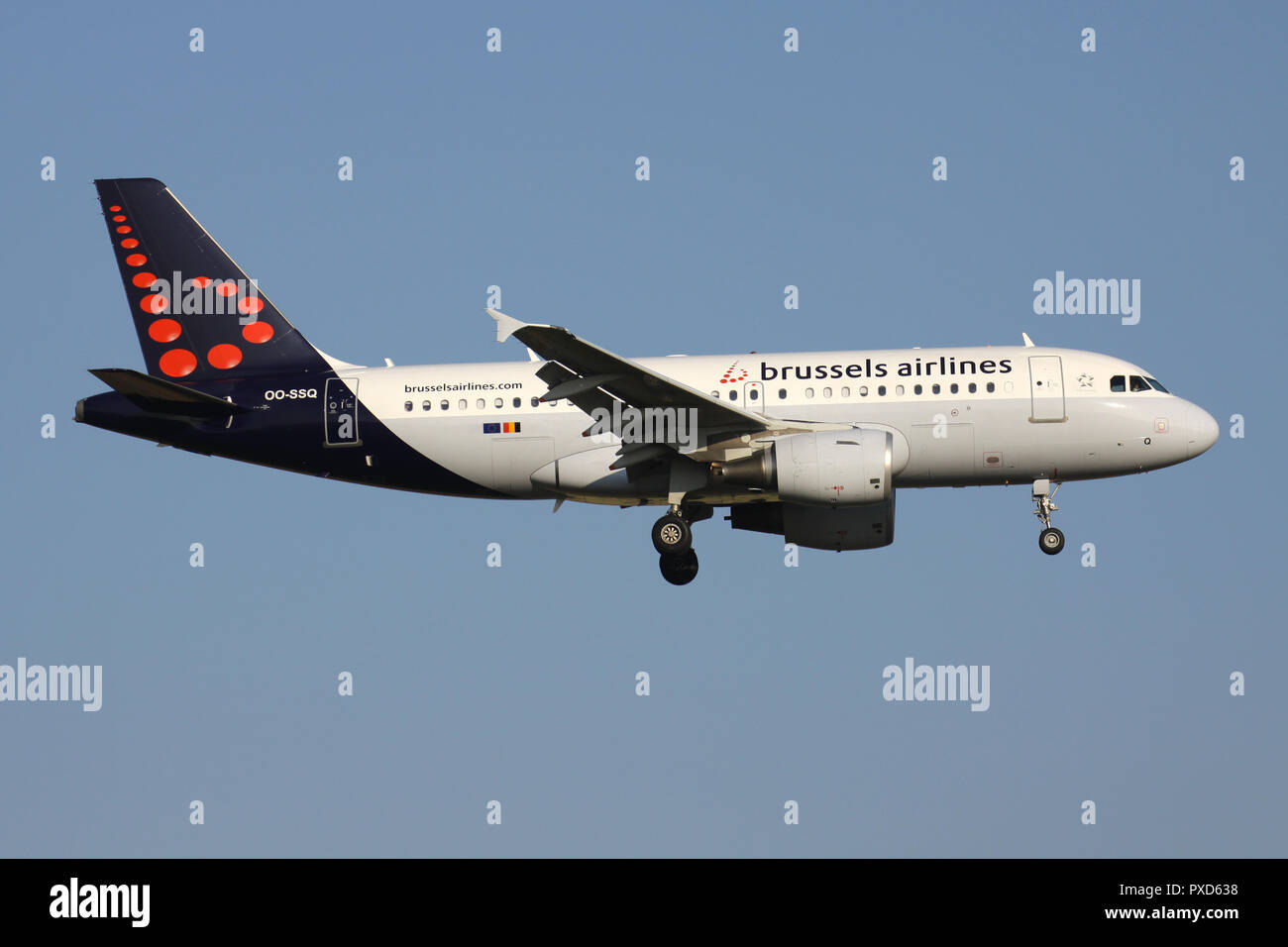 Belgian Brussels Airlines Airbus A319-100 with registration OO-SSQ on short final for runway 01 of Brussels Airport. - Stock Image