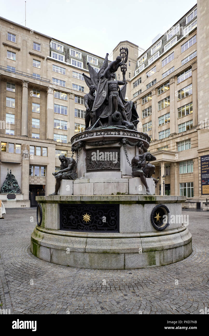Monument to Admiral Lord Nelson in Exchange Flags, Liverpooleng - Stock Image