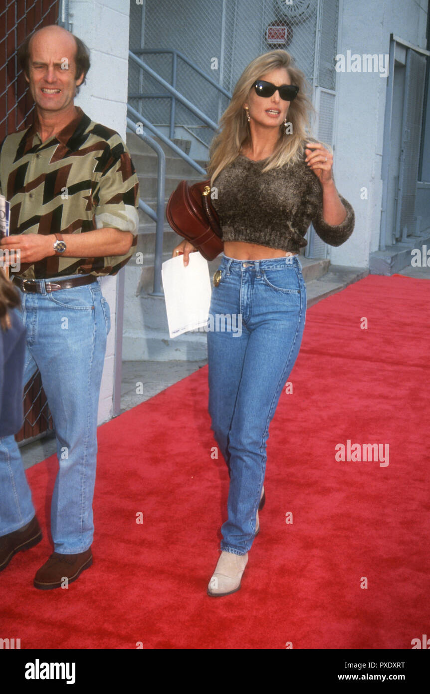 HOLLYWOOD, CA - NOVEMBER 8: Actress Heather Thomas attends Disney's 'Aladdin' Premiere on November 8, 1992 at the El Capitan Theatre in Hollywood, California. Photo by Barry King/Alamy Stock Photo - Stock Image