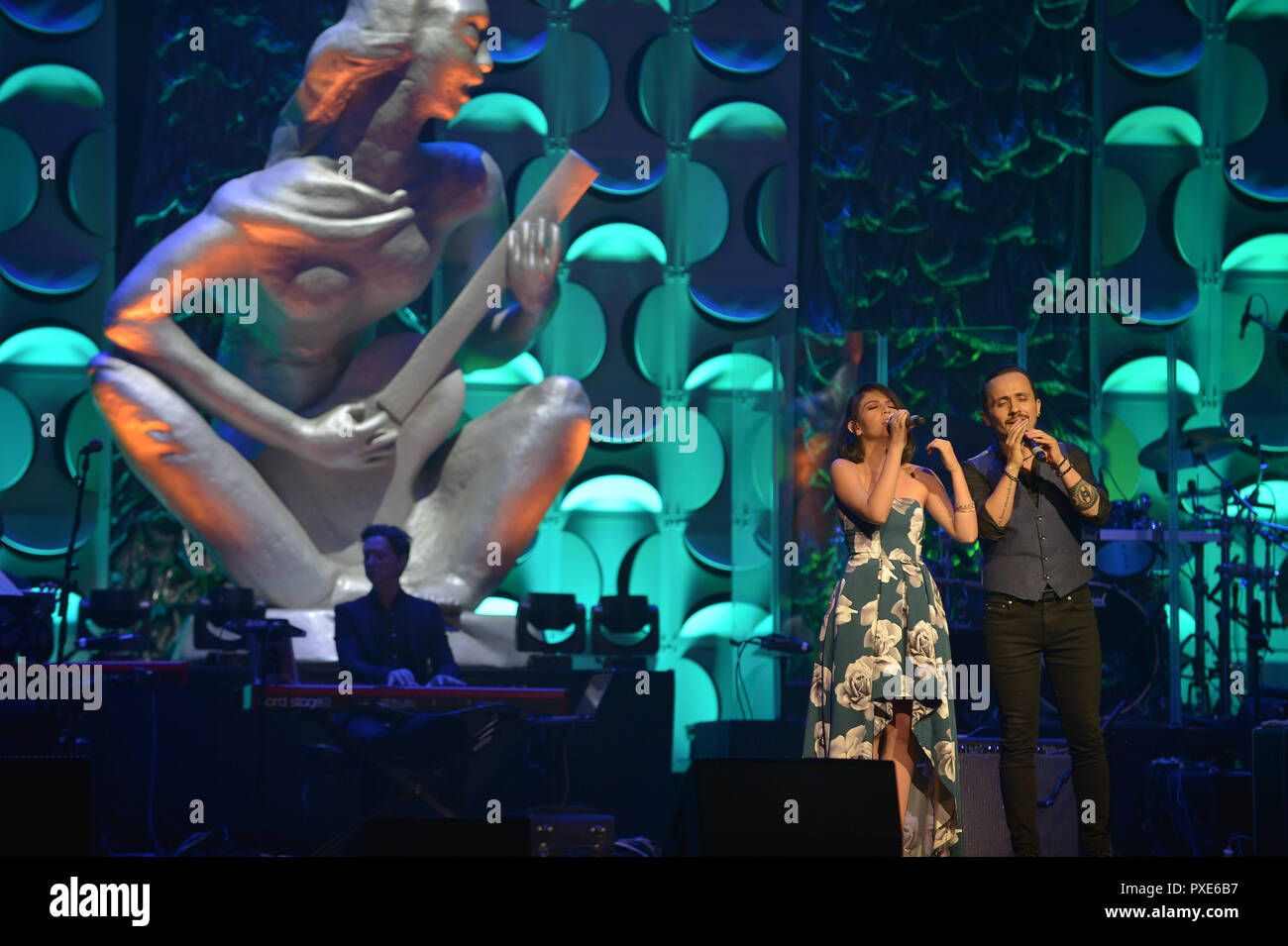 Miami, FL, USA. 18th Oct, 2018. Susan Quiroga and Israel Brito performs at the 6th Annual Latin Songwriters Hall Of Fame La Musa Awards at James L Knight Center on October 18, 2018 in Miami, Florida. Credit: Mpi10/Media Punch/Alamy Live News - Stock Image