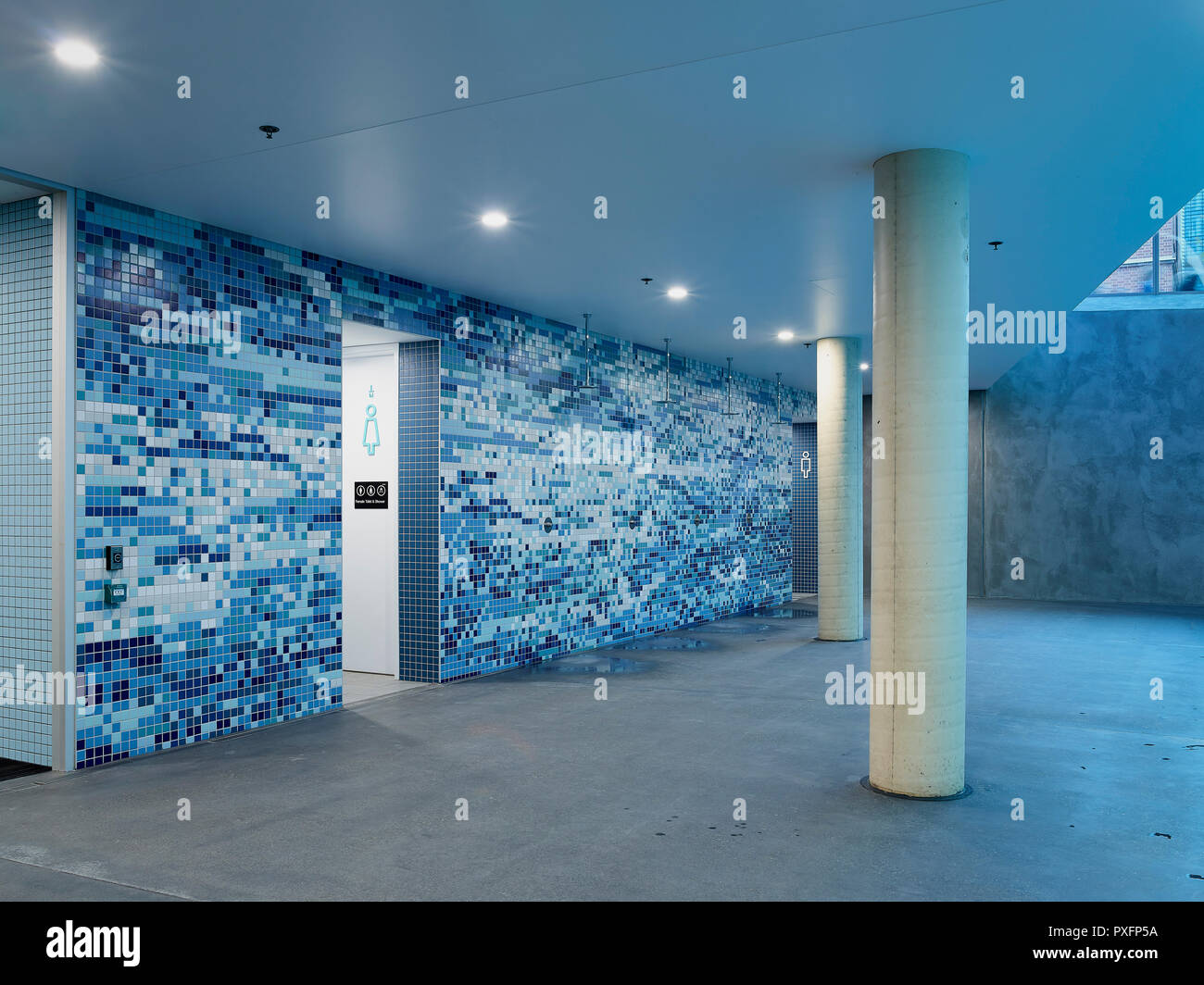 Swimming pool showers with tiled feature wall. Pridham Hall ...