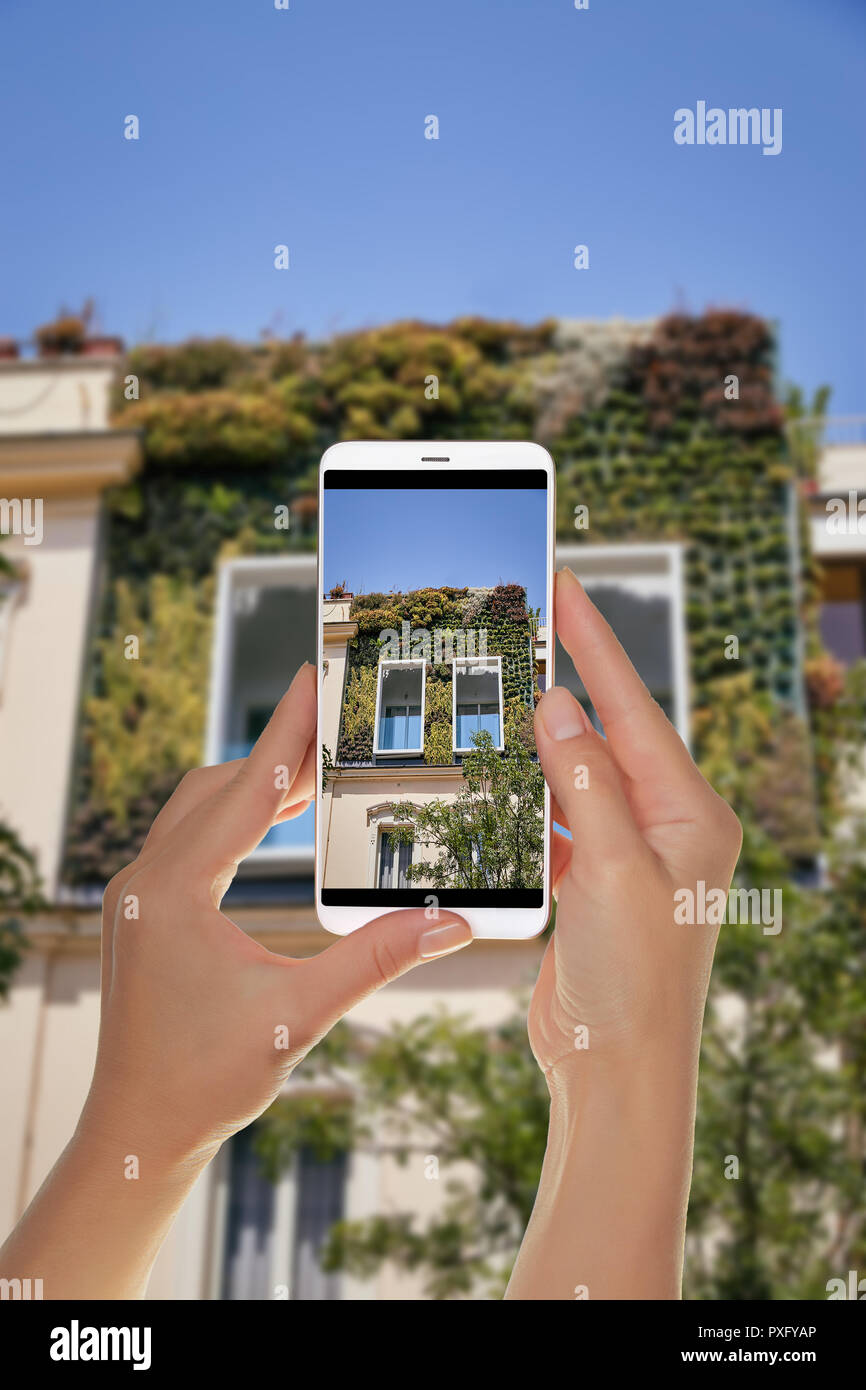 Modern Building With Rooftop Garden Stock Photos Amp Modern