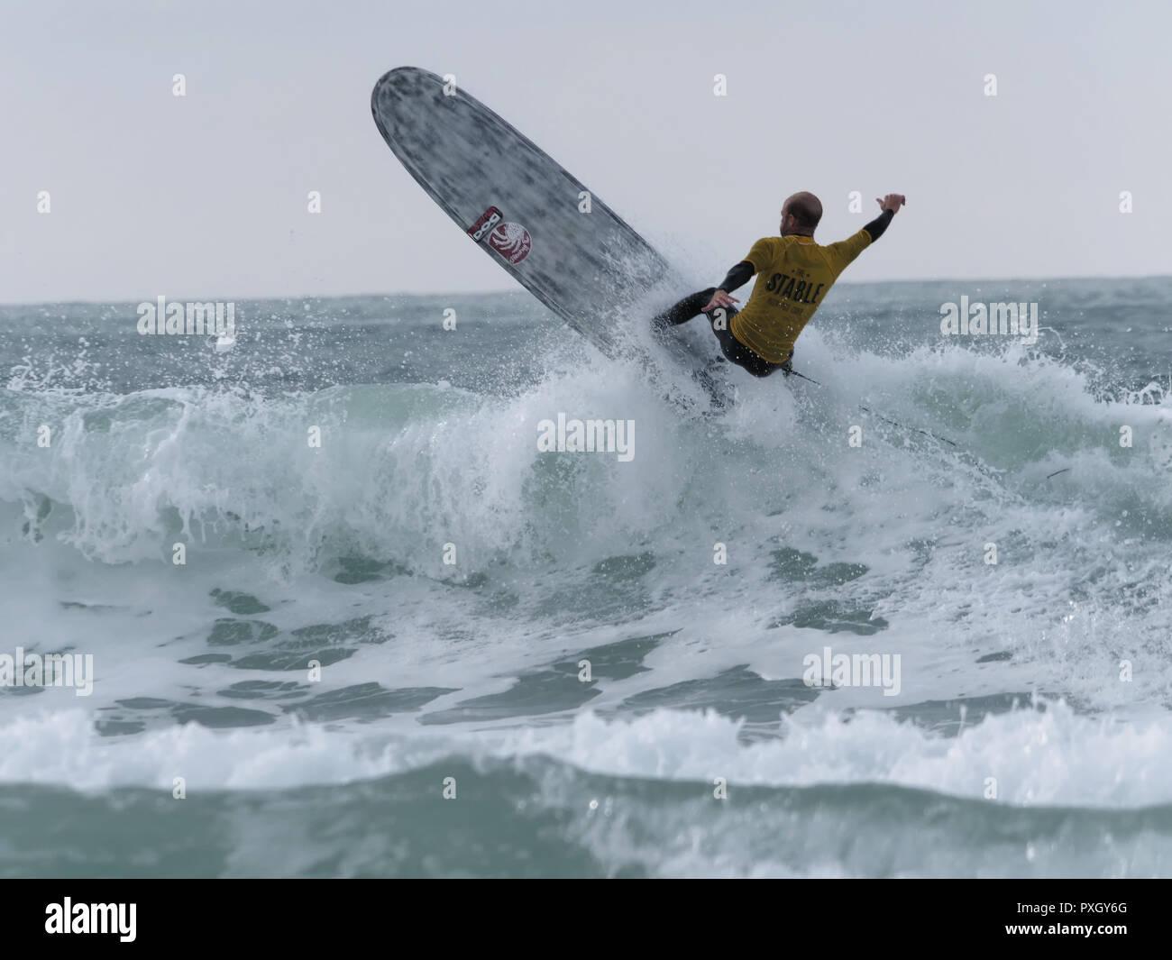 Surfing Longboard Man, UK - Stock Image