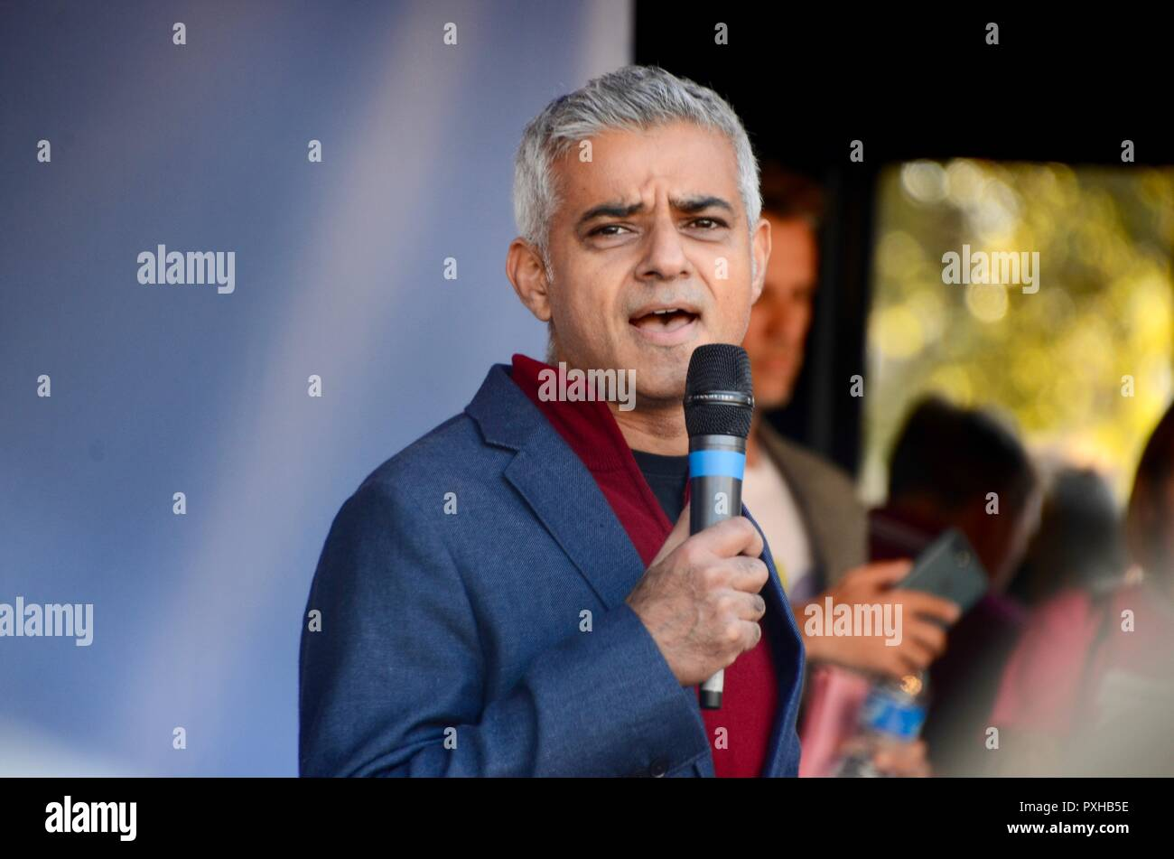 londons mayor sadiq khan addressing the crowd at the peoples vote march in london october 20th 2018 - Stock Image