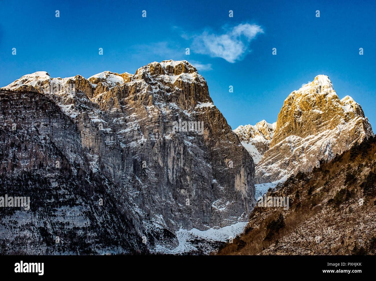 Italy Dolomiti di Brenta in winter - Stock Image