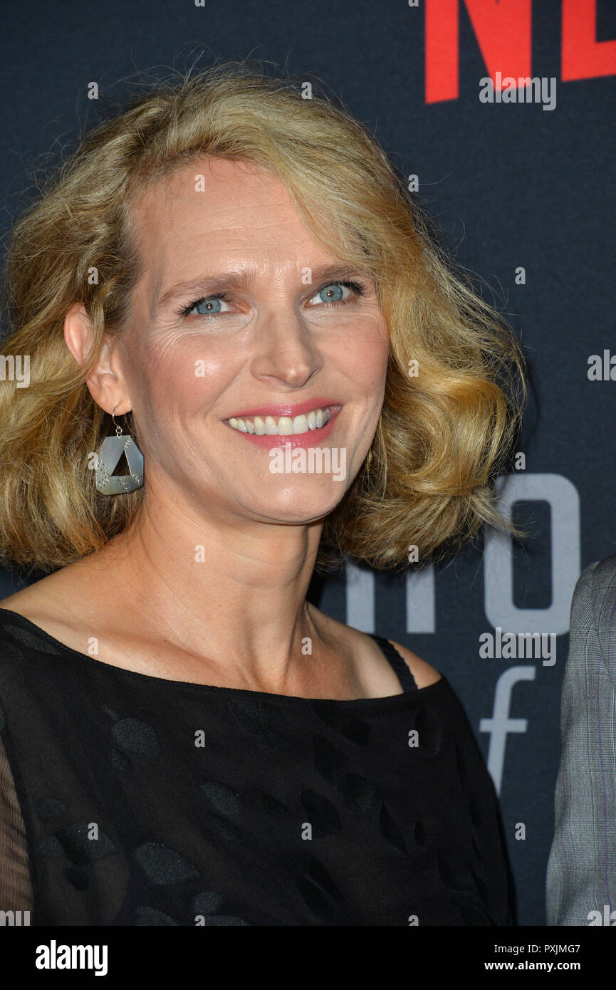 Los Angeles, California, USA. 22nd October, 2018. Melissa James Gibson at the season 6 premiere for 'House of Cards' at the Directors Guild Theatre. Picture: Paul Smith/Featureflash Credit: Paul Smith/Alamy Live News - Stock Image
