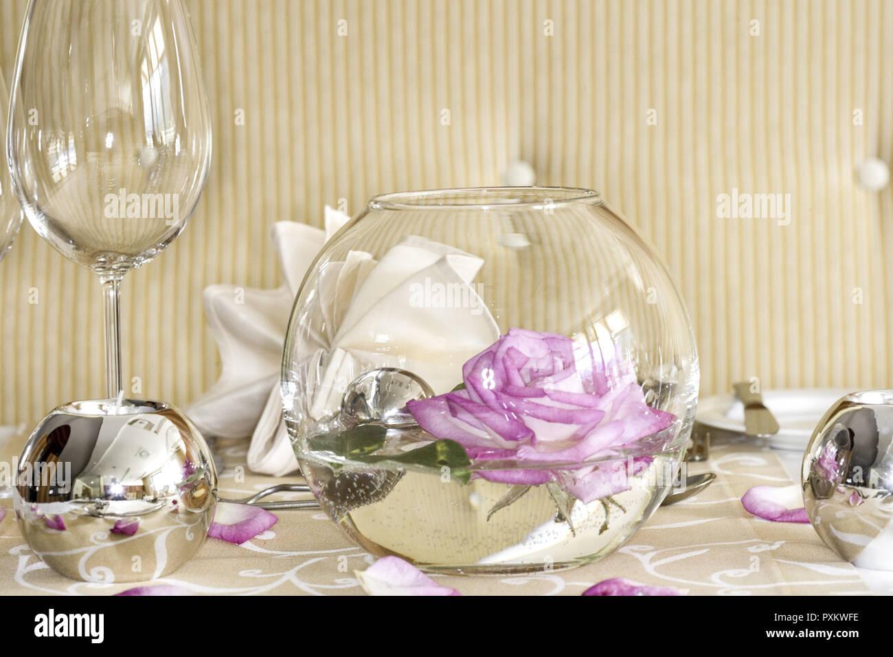 Tisch Gedeckt Festlich Detail Tischdeko Tischdekoration Rose