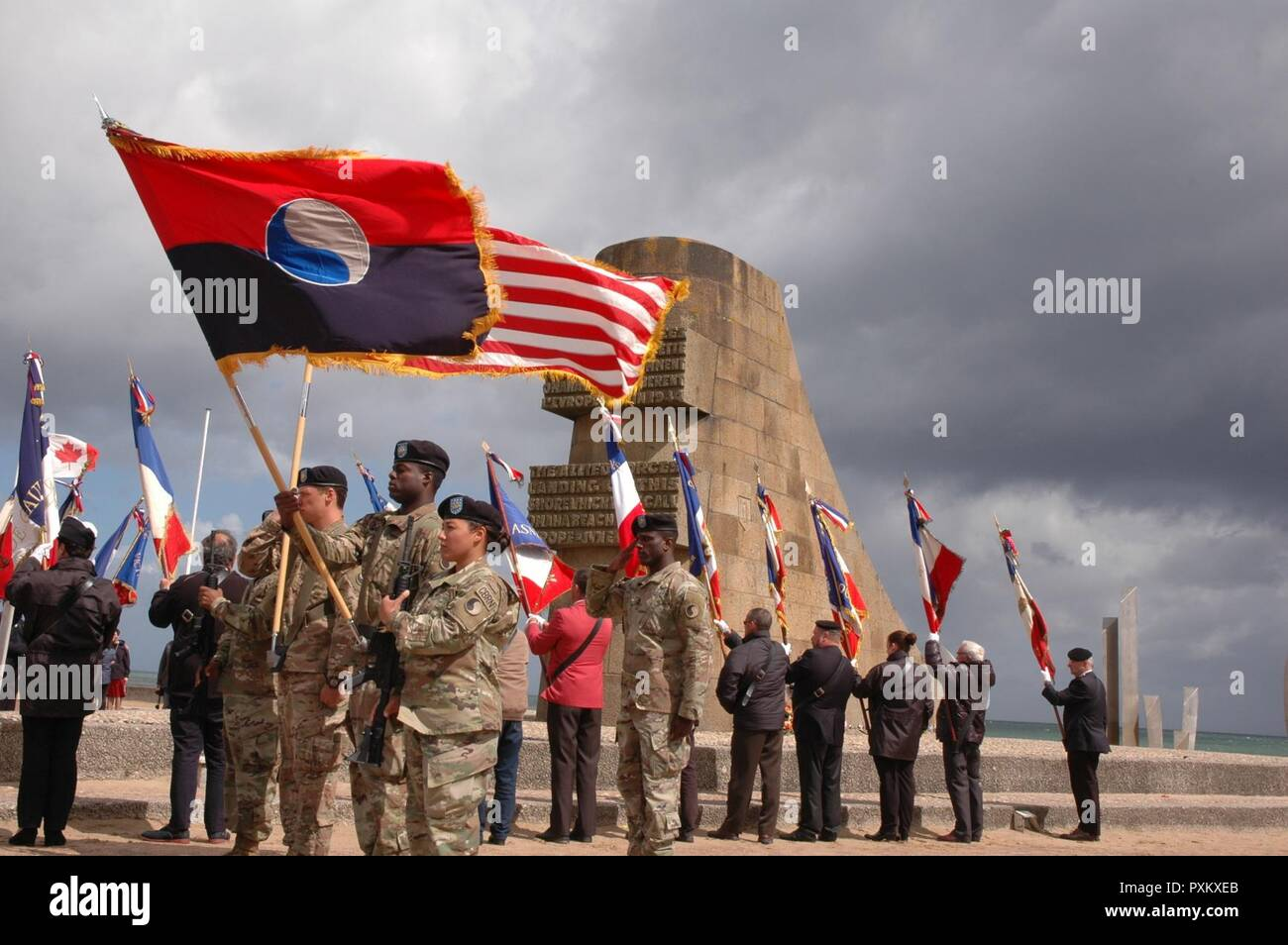 Soldiers of the 29th Infantry Division Color Guard