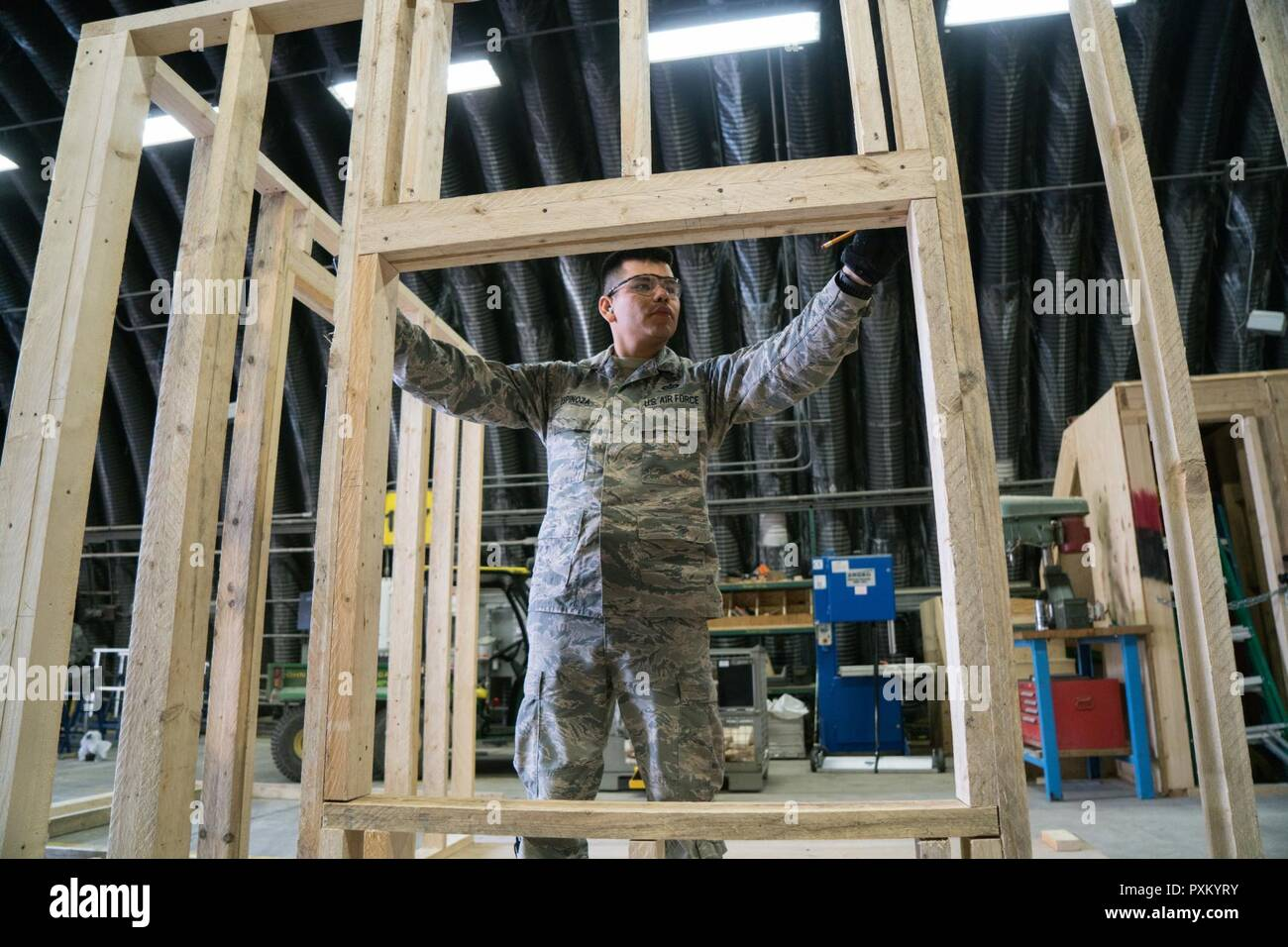Us Air Force Staff Sgt Gueredy Espinoza A Structures Craftsman