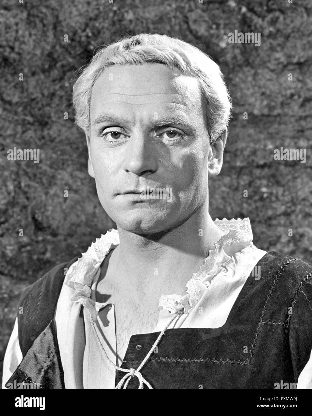 LAURENCE OLIVIER (1907-1989) English actor as Hamlet in the 1948 Rank film - Stock Image