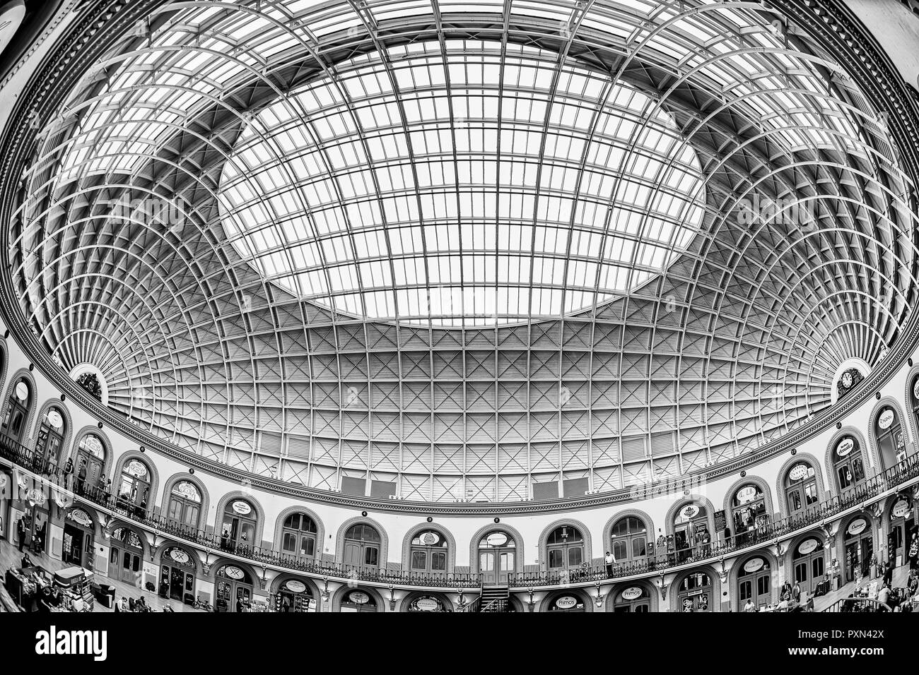 Spectacular Dome Roof in the Leeds Corn Exchange - Stock Image