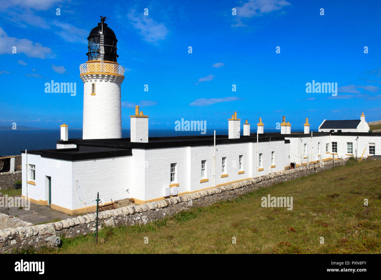 Dunnet Head Lighthouse, Scottish Highlands, Scotland, UK - Stock Image