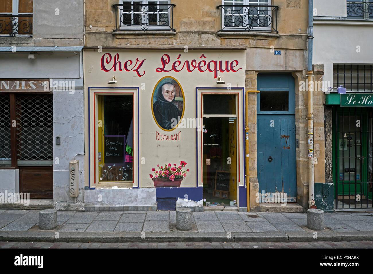 Chez Leveque, a traditional French restaurant in rue Saint Julien le Pauvre, Paris, France. - Stock Image