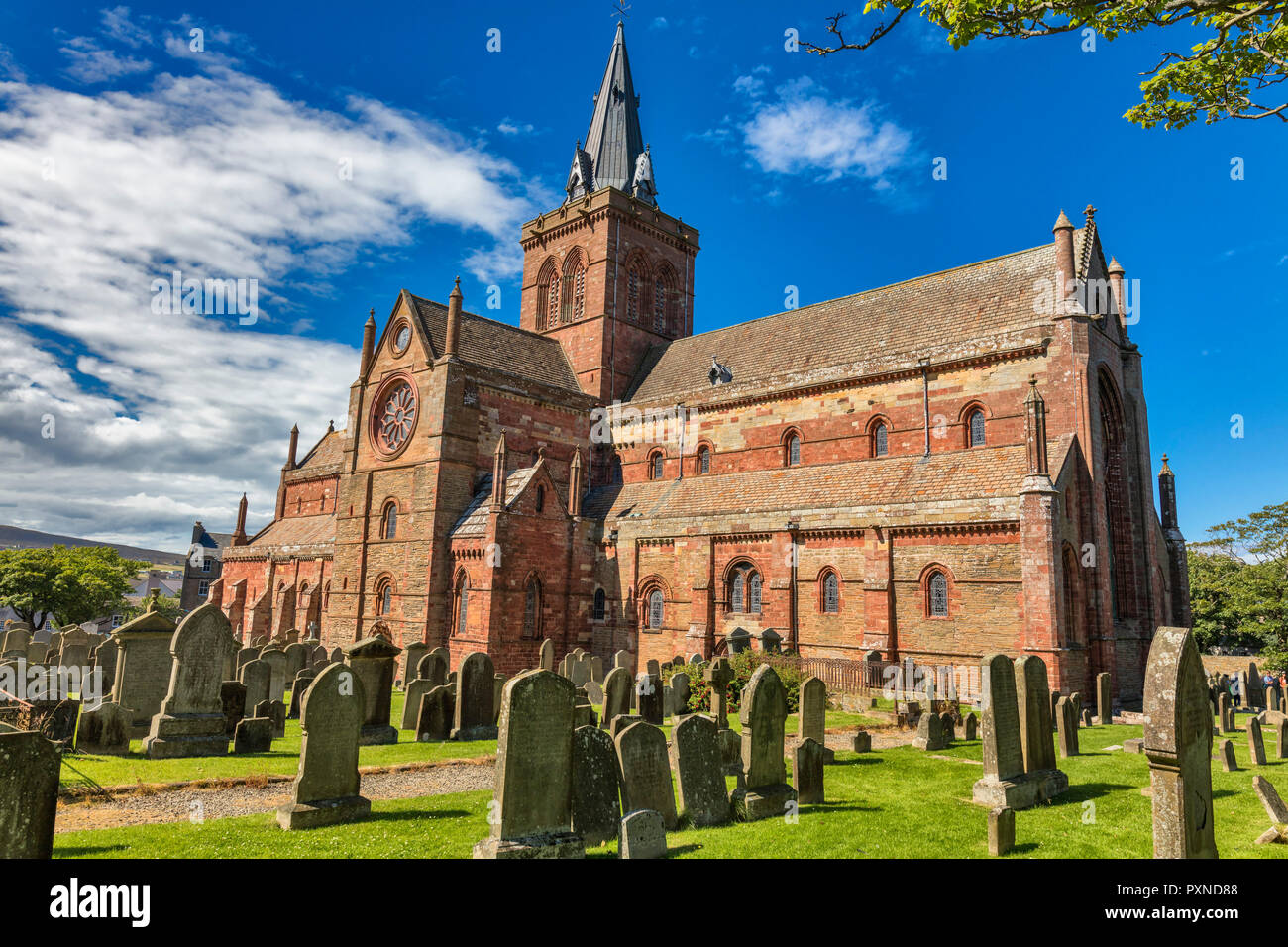 St. Magnus Cathedral, Kirkwall, Mainland, Orkney islands, Scotland, UK - Stock Image