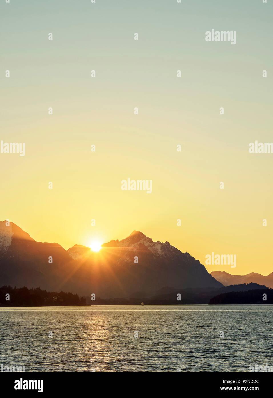 Nahuel Huapi Lake at sunset, San Carlos de Bariloche, Nahuel Huapi National Park, Rio Negro Province, Argentina - Stock Image