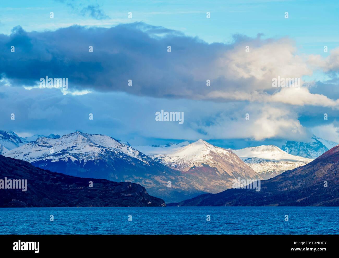 Lake Argentino, Los Glaciares National Park, Santa Cruz Province, Patagonia, Argentina - Stock Image
